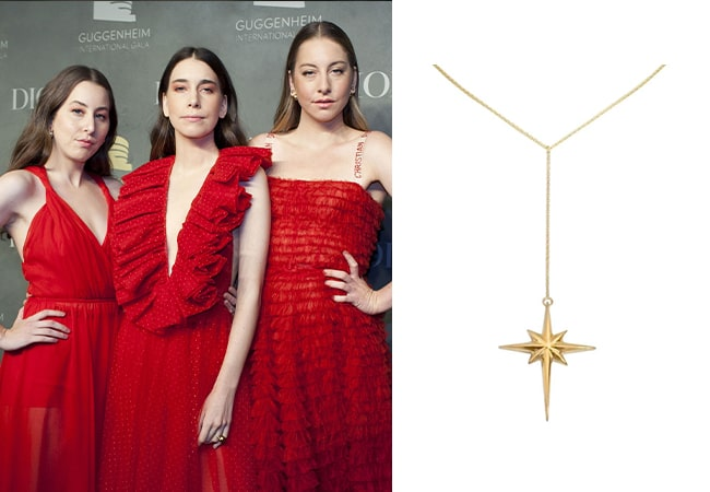 gold jewellery for red dress