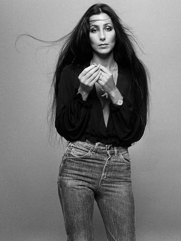Cher Casual look