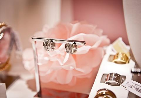 Independent jewellery design