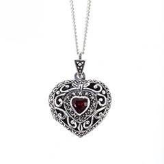 lily_blanche_lookbook_lockets_vintage_heart_locket_1010