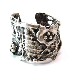 Ophelia Cuff, Private Opening, £1,520