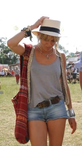 Sienna Miller Glastonbury 2010