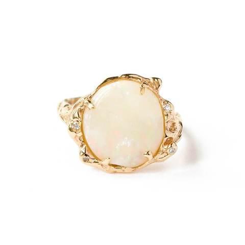 9kt Yellow Gold Opal & Diamond Ring