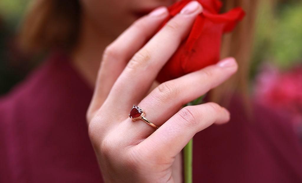 Heart Tourmaline 9kt Gold Ring