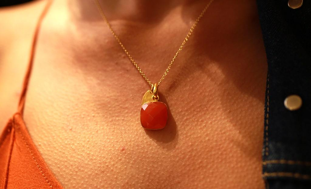 Heart Amulet Carnelian Chakra Pendant Necklace 24 Gold
