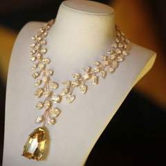 L'Incomparable Necklace