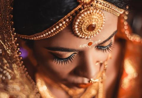 When Does Religious Jewellery Become Religious Appropriation?