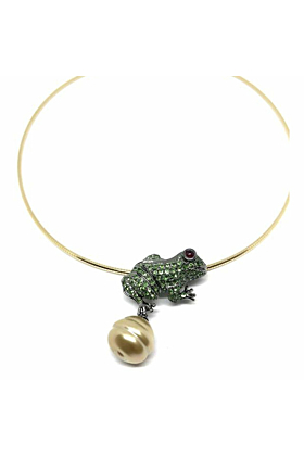 18kt Gold Frog Pendant with Green Diamonds
