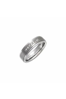 Titanium Flat Court Shape Embossed Wedding Ring With Round Diamond