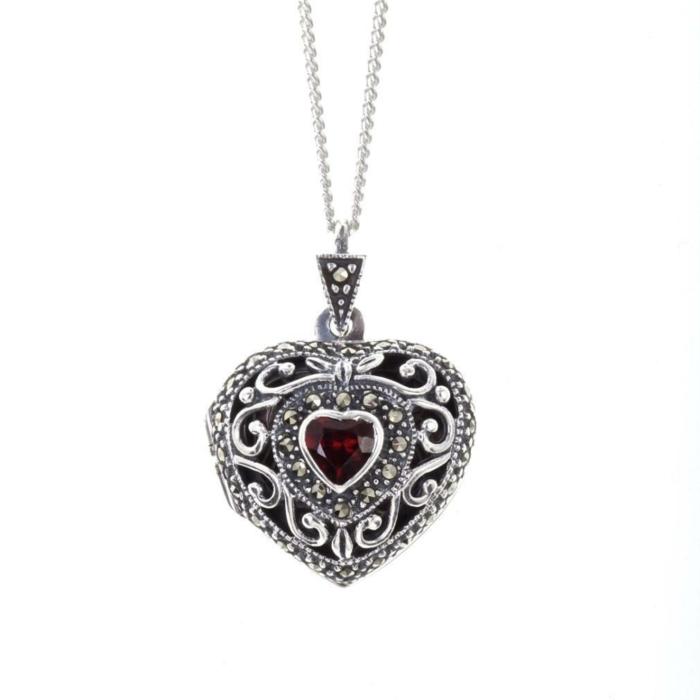 Vintage Garnet Heart Locket