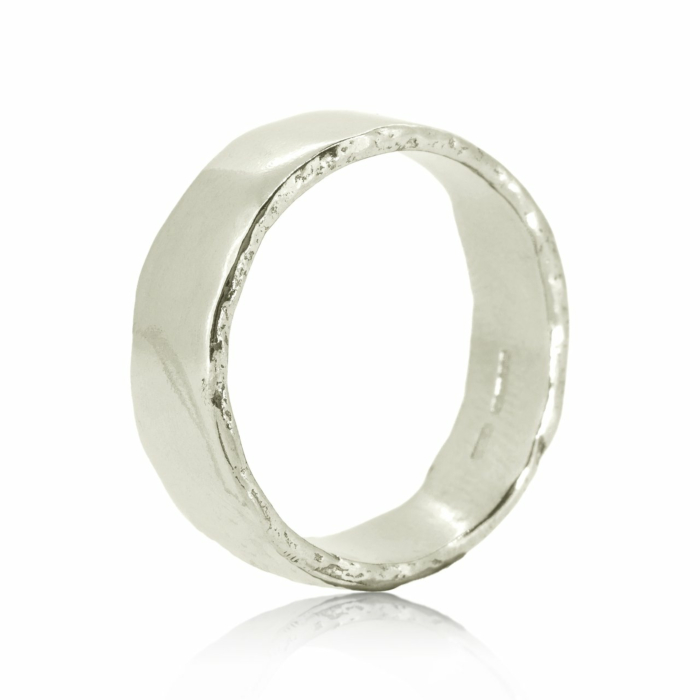 Dart White Gold Ring
