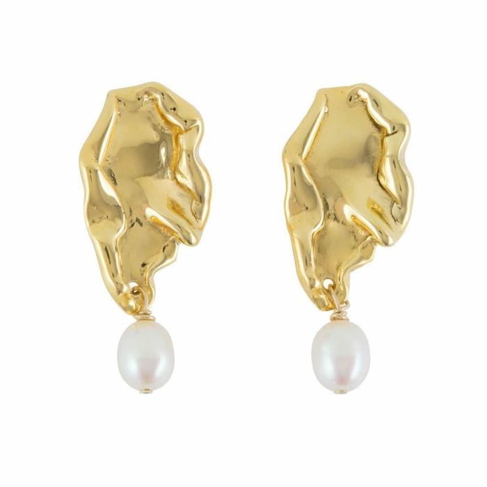Wave Stud Earrings With Pearls
