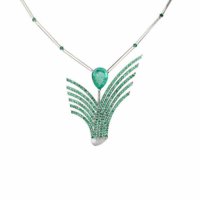 White Gold & Emerald Ilustracin Necklace | Jaime Moreno
