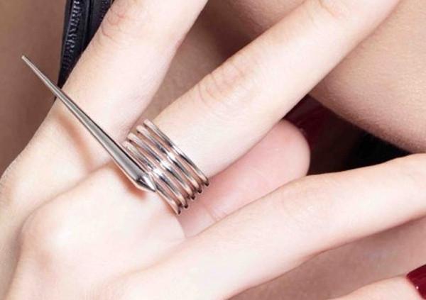 5 minutes with Singapore jewellery designer: Alijst