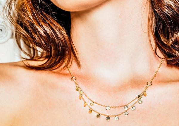 A golden tan deserves golden jewellery…