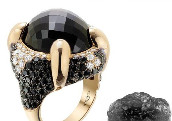 Onyx Meaning: The Gemstone Guide