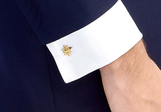 10 classy cufflink gift ideas for men