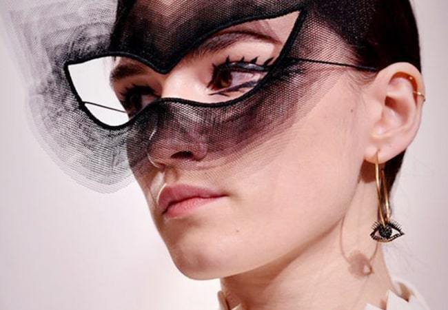 Jewellery To Wear To A Fancy Dress Party