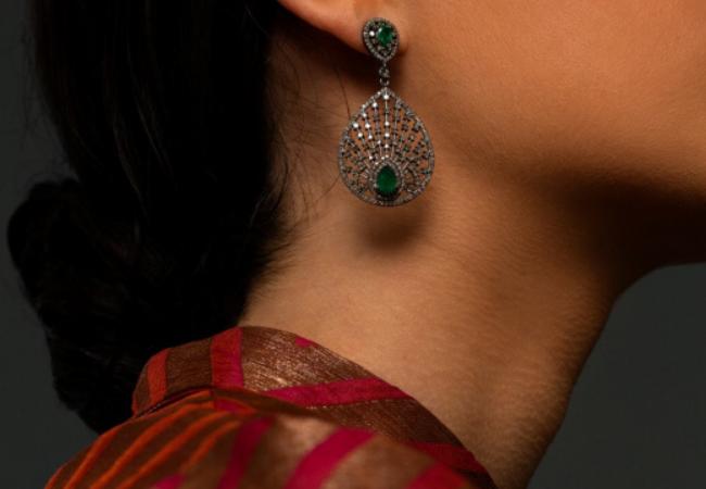 12 Emerald Earrings to Envy