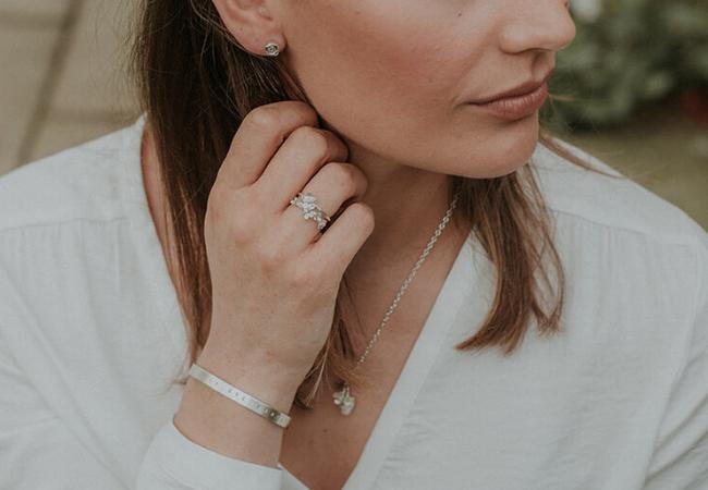 10 Simple Stud Earrings For Women