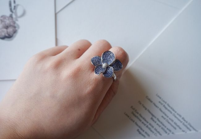 8 must have cocktail rings