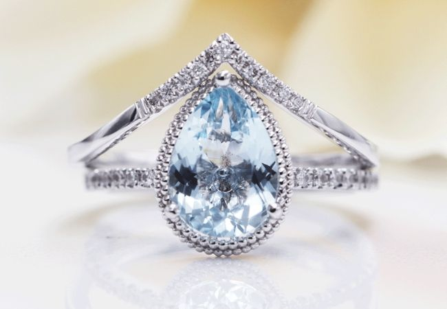 8 Simple Engagement Rings for Women