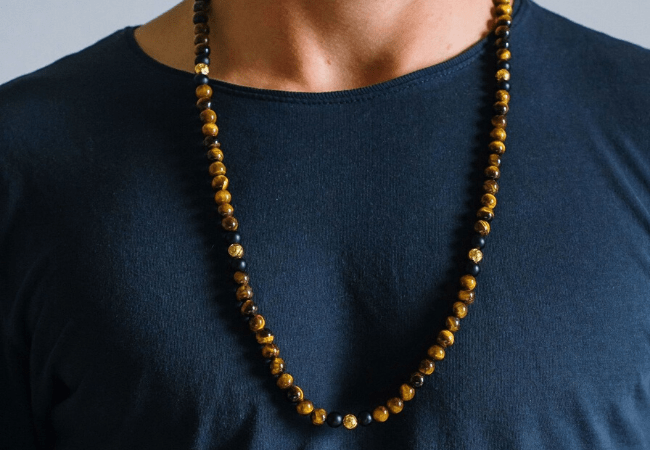 8 Gold Necklaces for Men