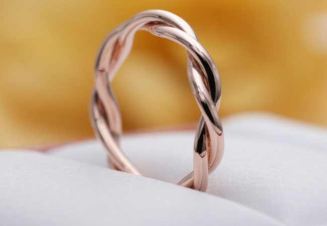 6 of Our Best Wedding Bands For Women
