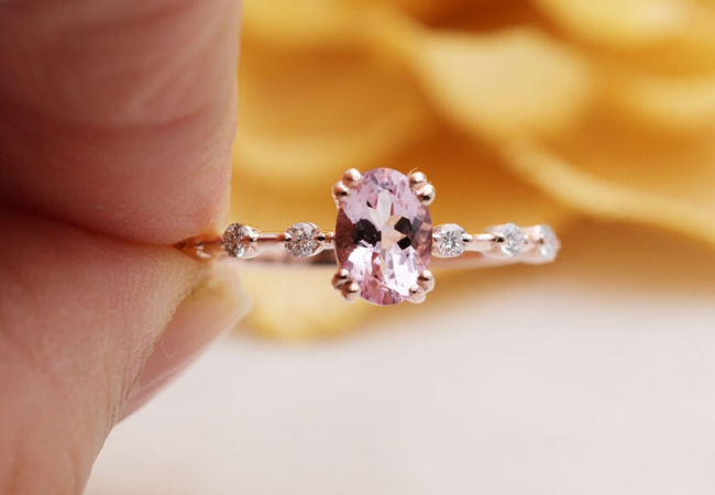 Check out 4 pink diamond pieces to wow your friends