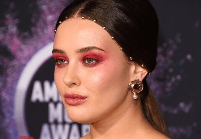 The best dressed at the AMAs 2019