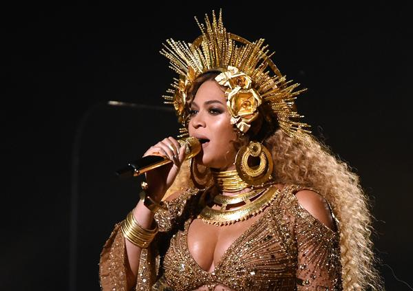 11 Times Beyoncé Wowed Us With Her Jewellery