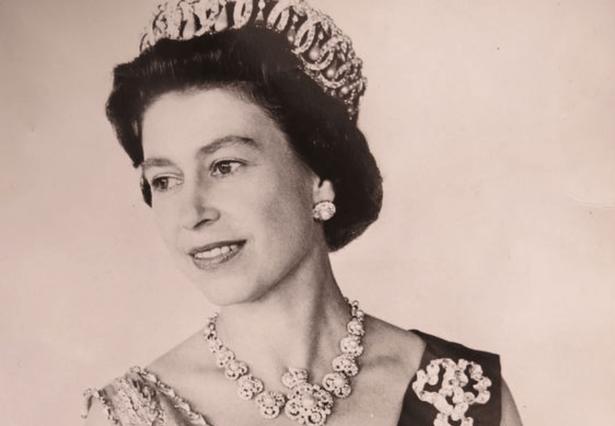 5 Style Lessons From Queen Elizabeth II
