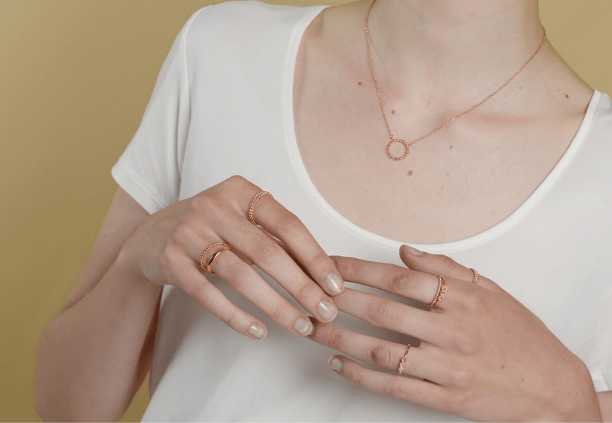 How to style Rose Gold