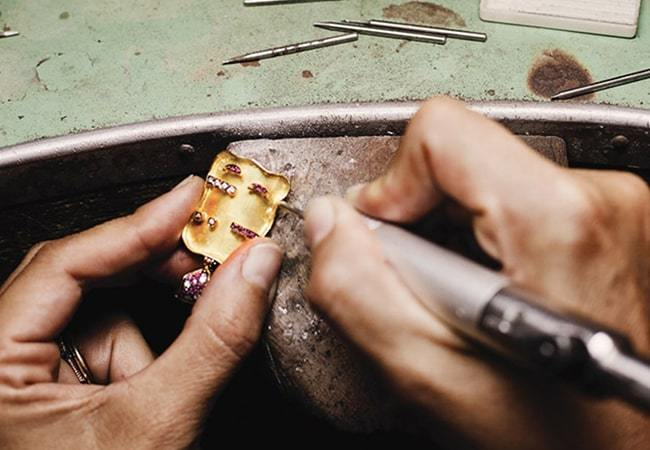 Everything You Need To Know When Buying Bespoke Jewellery