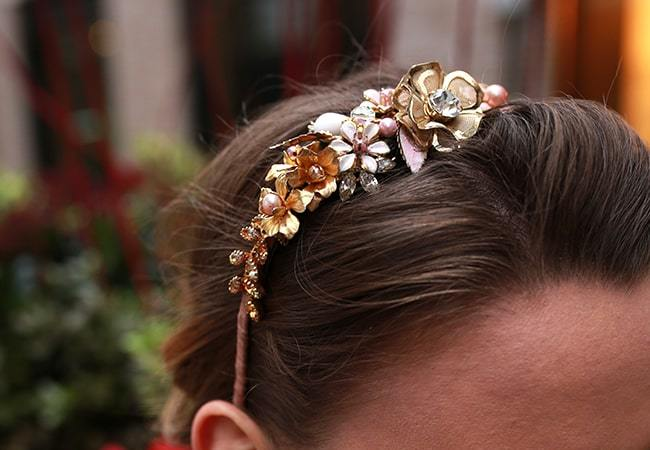 How To Style Your Bridal Side Headpiece
