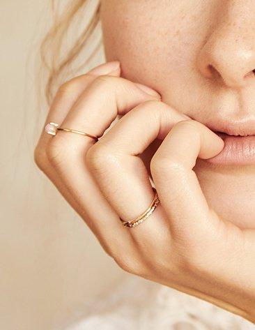 Women's Rose Gold Engagement Rings