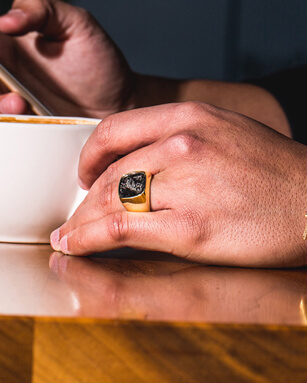 3 Ways To Wear A Signet Ring